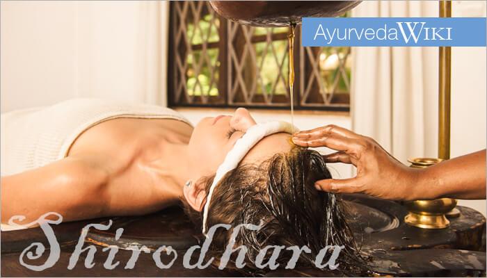 ayurveda-lexikon-stirn_lguss-shirodhara